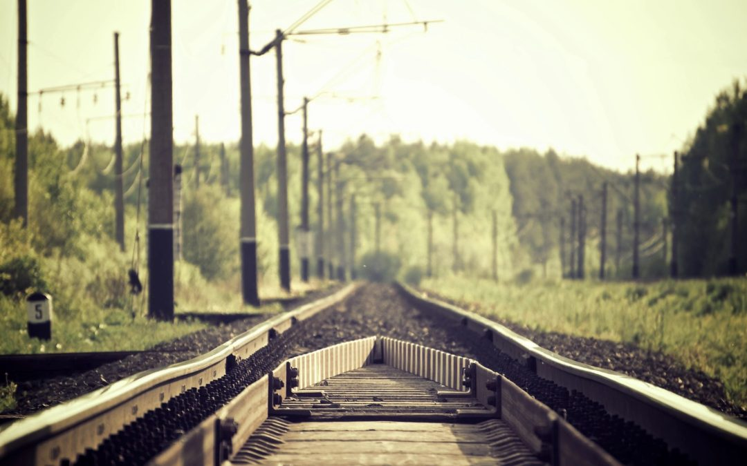 Atlanta Grief Counselor - train tracks